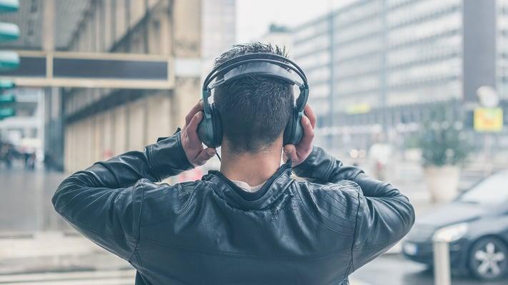 insider-customers-listening
